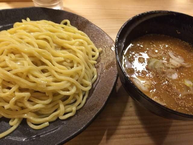 秋葉原・上野で美味しいラーメンおすすめできる油そばとつけ麺